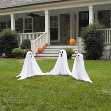 Ghostly Group - Halloween Decorations